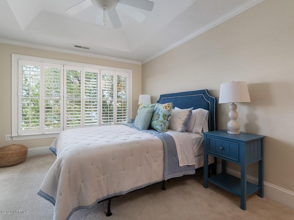 300 Midyette Street, Oriental, North Carolina 28571, 2 Bedrooms Bedrooms, 4 Rooms Rooms,2 BathroomsBathrooms,Condominium,For sale,Midyette,100207019