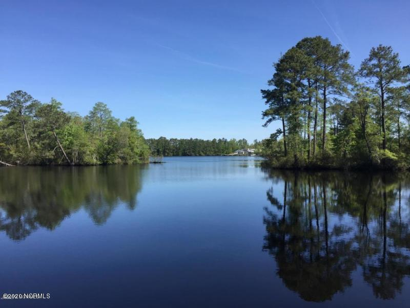 111 Shoreview Drive, New Bern, North Carolina 28562, ,Residential land,For sale,Shoreview,100241039
