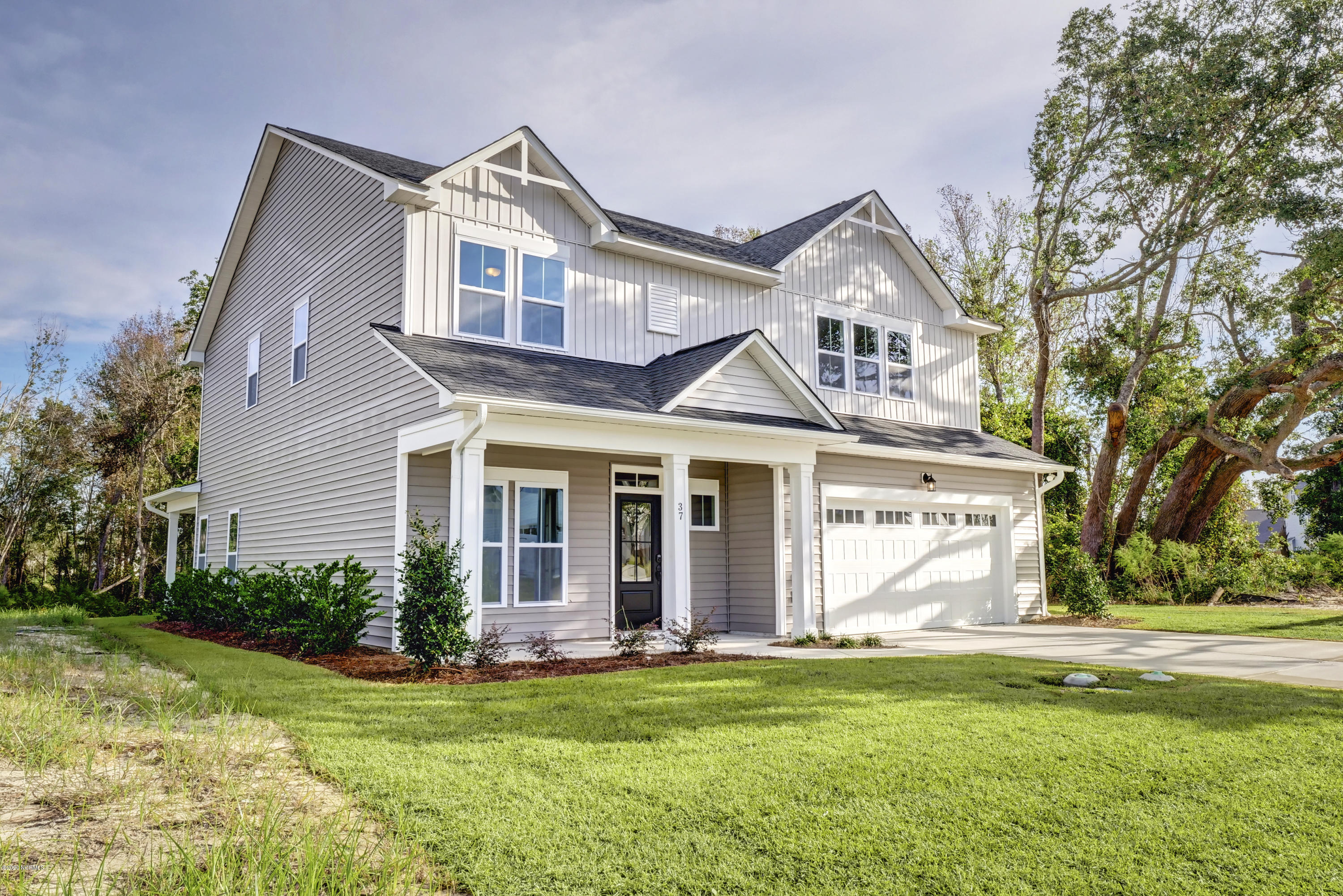 37 Petrel Trace, Hampstead, North Carolina 28443, 4 Bedrooms Bedrooms, 8 Rooms Rooms,2 BathroomsBathrooms,Single family residence,For sale,Petrel,100218208