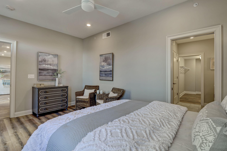 240 Water Street, Wilmington, North Carolina 28401, 1 Bedroom Bedrooms, 5 Rooms Rooms,2 BathroomsBathrooms,Condominium,For sale,Water,100164576