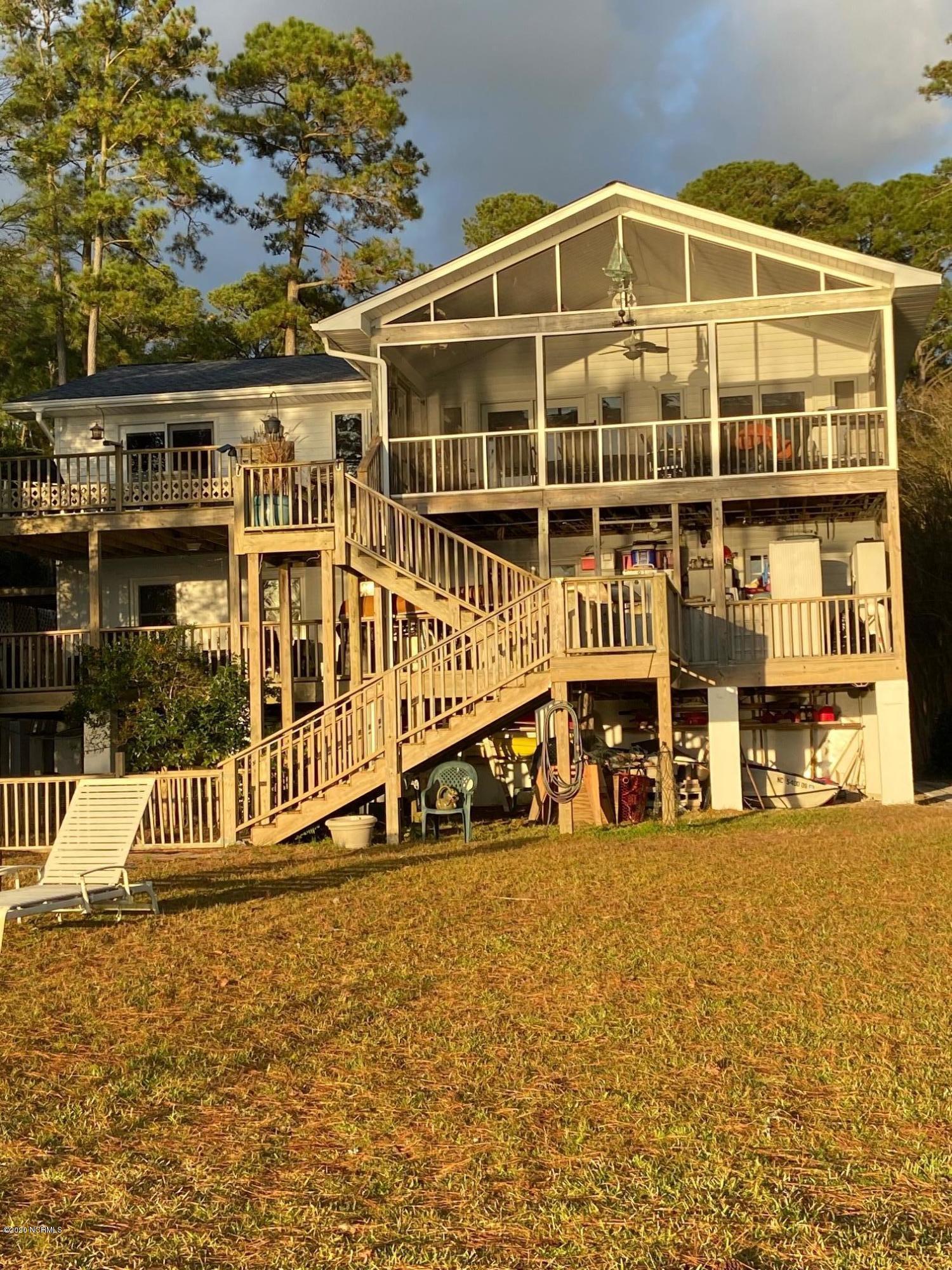 308 Sunnyside Drive, Washington, North Carolina 27889, 3 Bedrooms Bedrooms, 9 Rooms Rooms,2 BathroomsBathrooms,Single family residence,For sale,Sunnyside,100244990