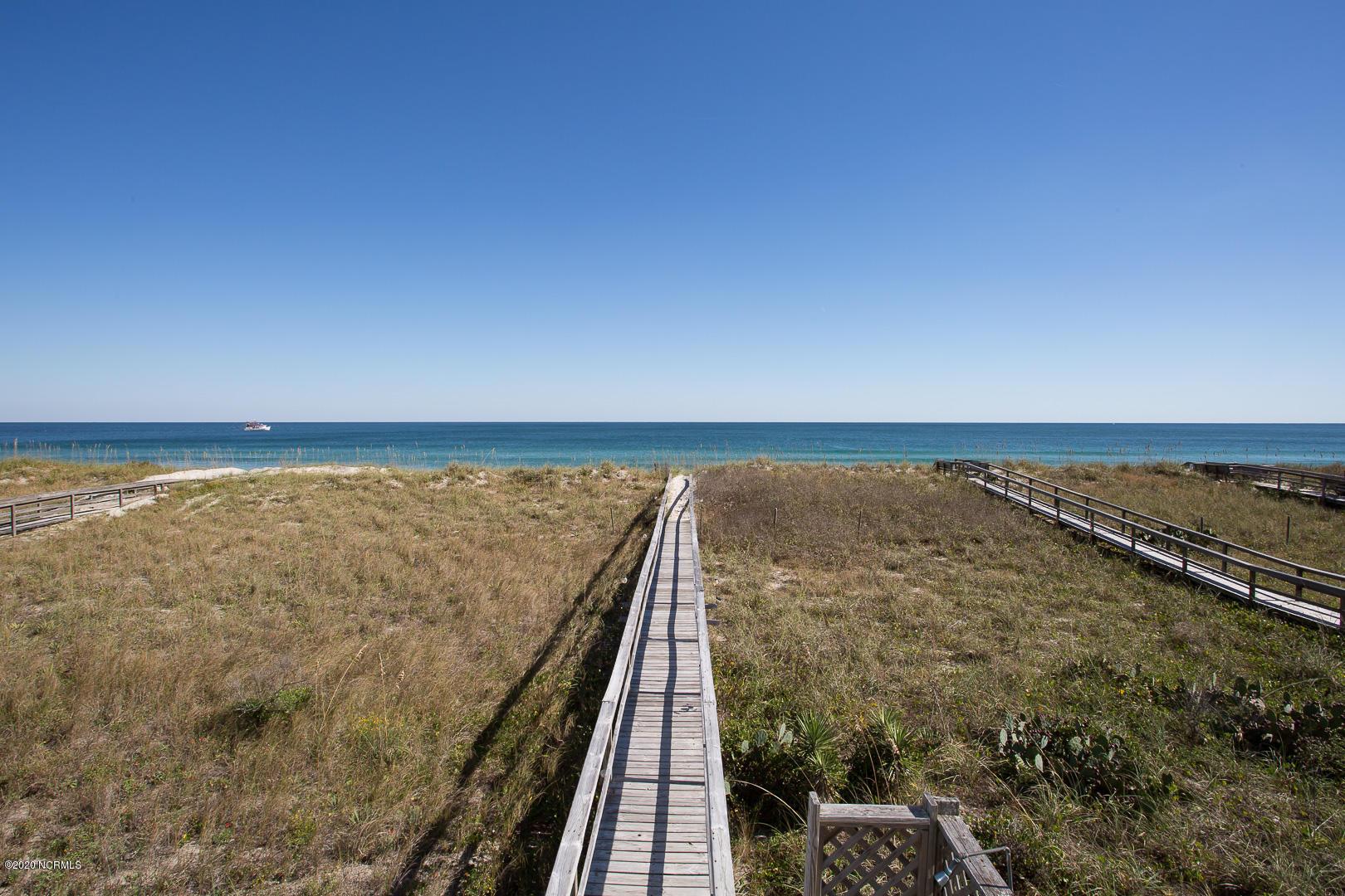1018 Carolina Beach Avenue, Carolina Beach, North Carolina 28428, 9 Bedrooms Bedrooms, 15 Rooms Rooms,5 BathroomsBathrooms,Single family residence,For sale,Carolina Beach,100236290