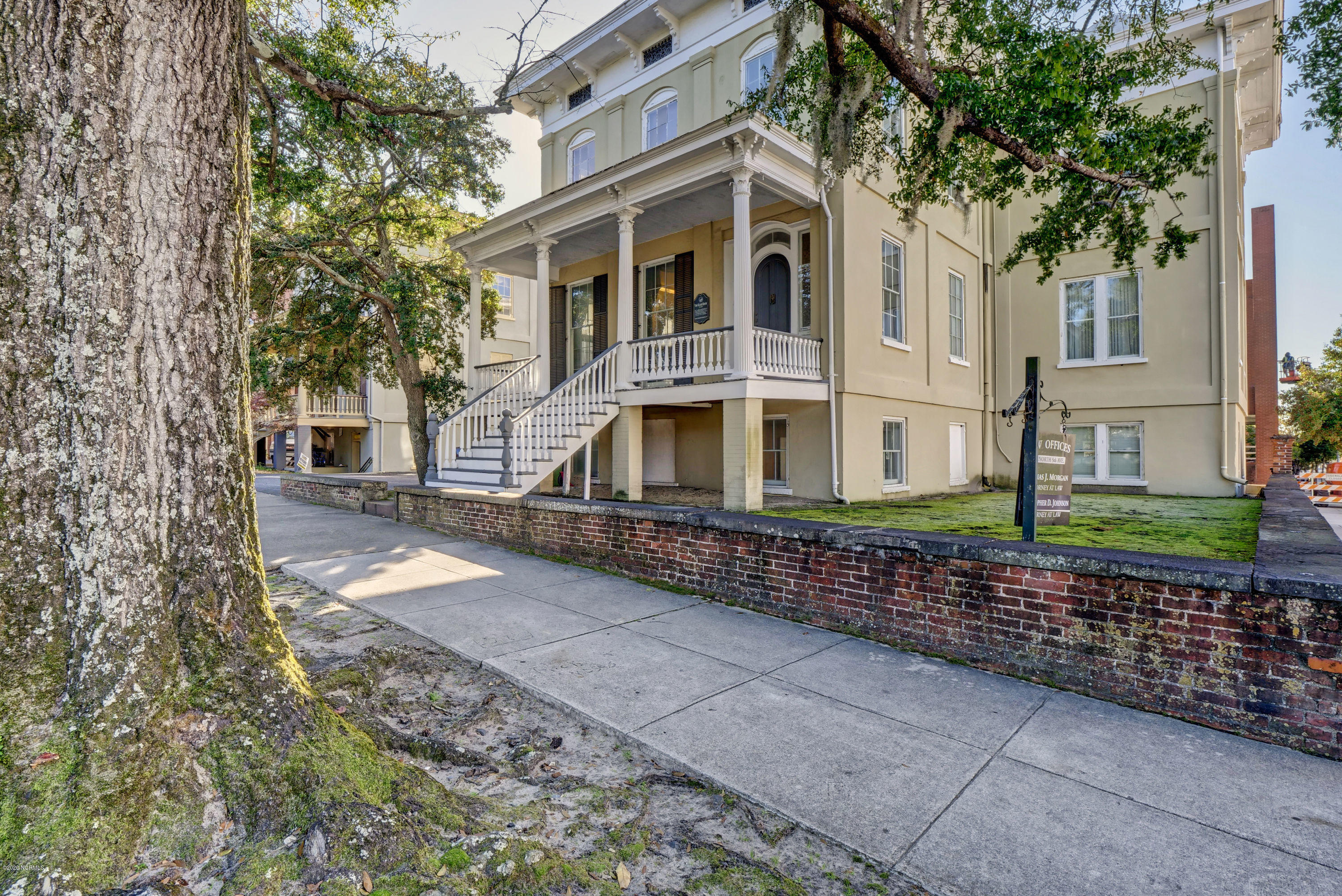19 5th Avenue, Wilmington, North Carolina 28401, 4 Bedrooms Bedrooms, 11 Rooms Rooms,1 BathroomBathrooms,Single family residence,For sale,5th,100247794