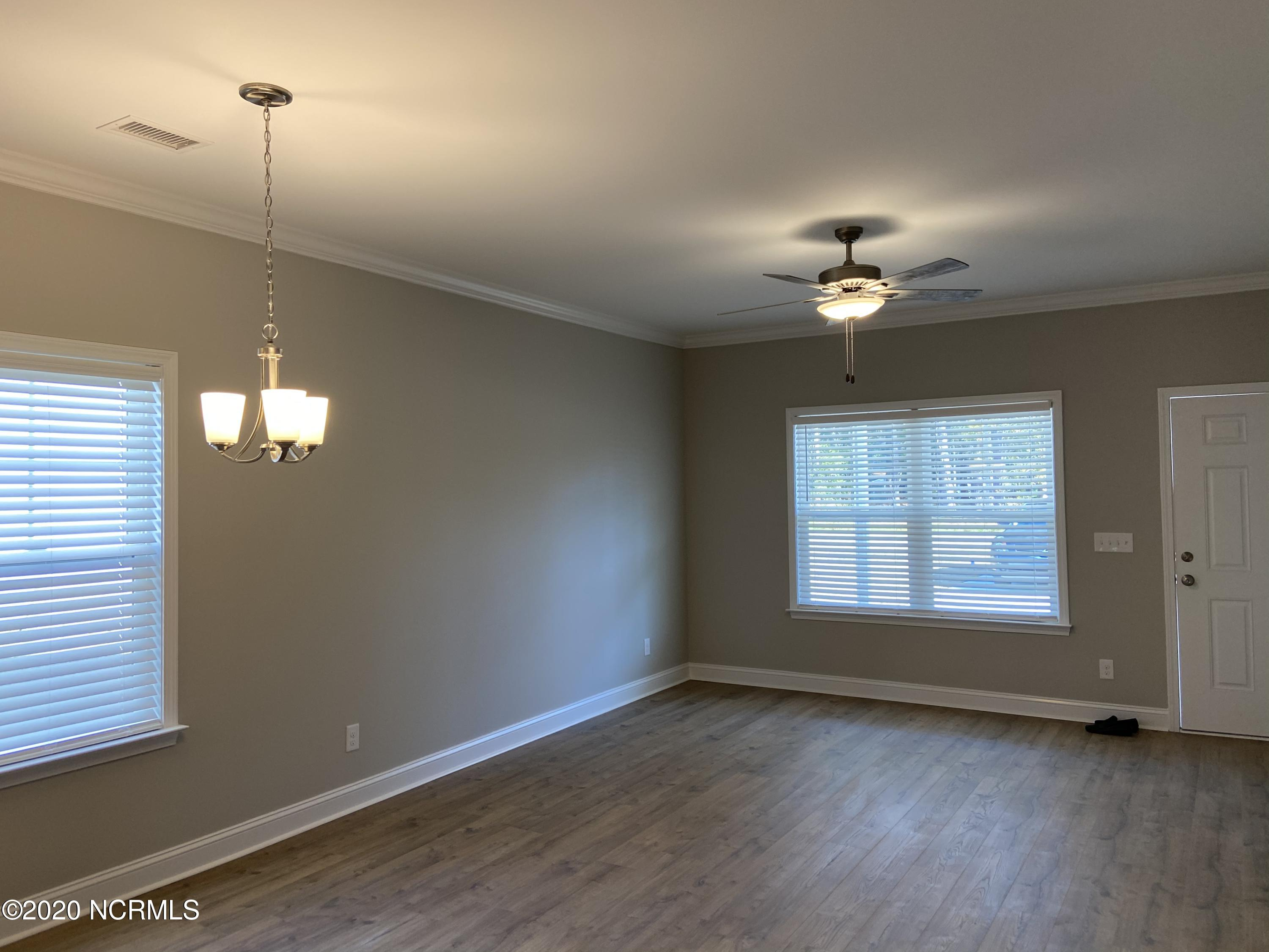 1012 High Point Avenue, Calabash, North Carolina 28467, 2 Bedrooms Bedrooms, 8 Rooms Rooms,2 BathroomsBathrooms,Single family residence,For sale,High Point,100227158