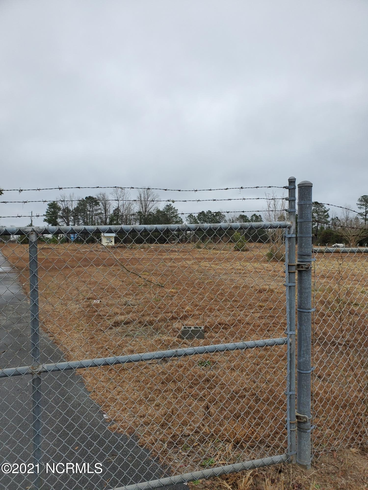 65 George II Highway, Winnabow, North Carolina 28479, ,Commercial/industrial,For sale,George II,20687809