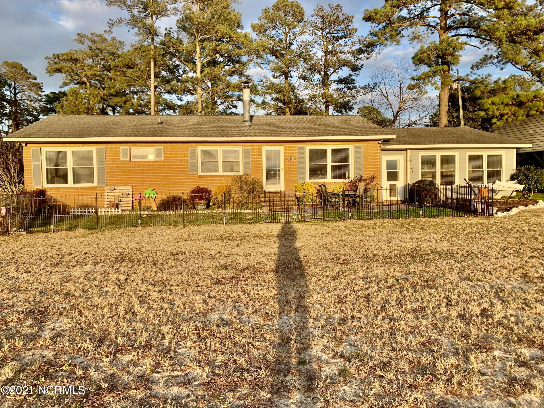 304 Sunnyside Drive, Washington, North Carolina 27889, 4 Bedrooms Bedrooms, 6 Rooms Rooms,2 BathroomsBathrooms,Single family residence,For sale,Sunnyside,100252766