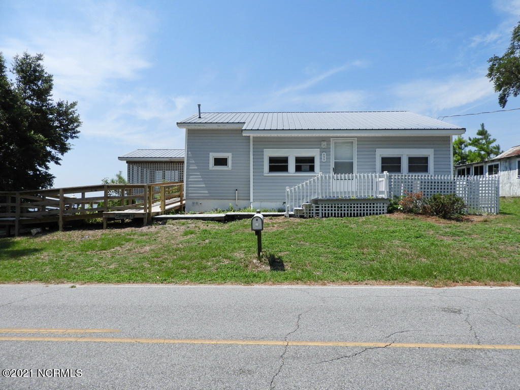 498 Old Pamlico Beach Road, Belhaven, North Carolina 27810, 2 Bedrooms Bedrooms, 5 Rooms Rooms,1 BathroomBathrooms,Single family residence,For sale,Old Pamlico Beach,100253414