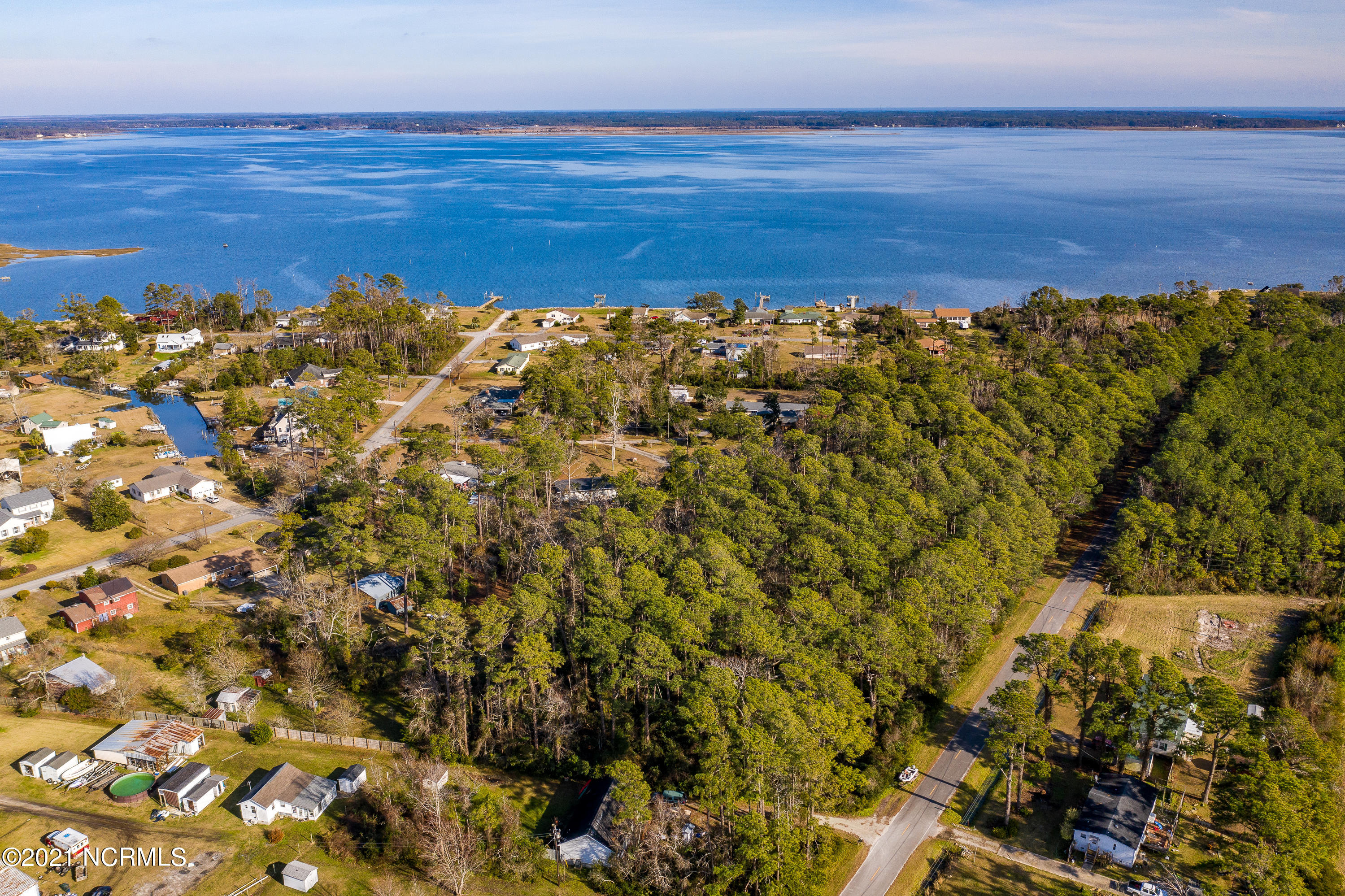 215 Piver Road, Beaufort, North Carolina 28516, ,Residential land,For sale,Piver,100250643