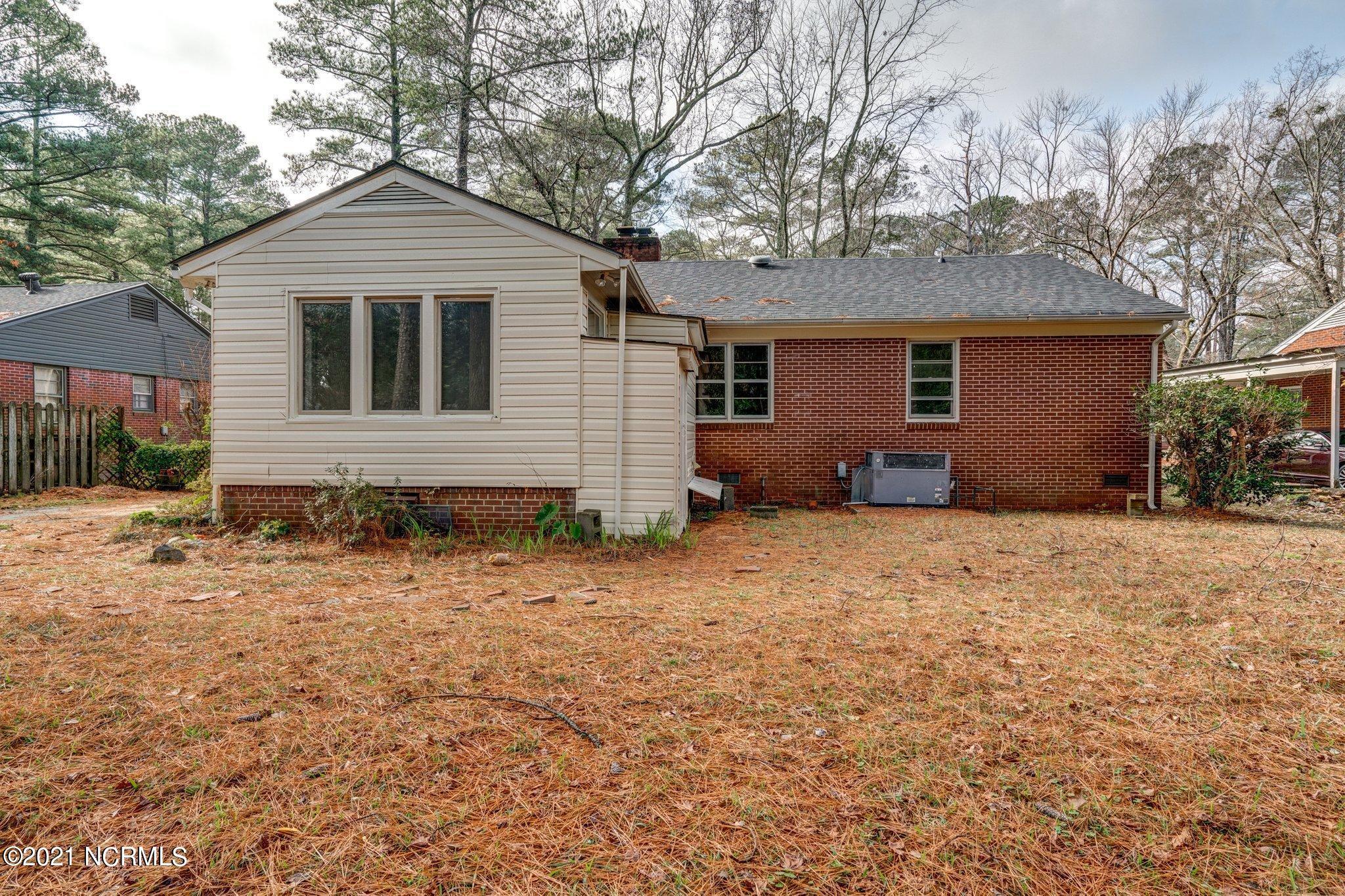 709 Burton Street, Rocky Mount, North Carolina 27803, 3 Bedrooms Bedrooms, 8 Rooms Rooms,2 BathroomsBathrooms,Single family residence,For sale,Burton,100254537