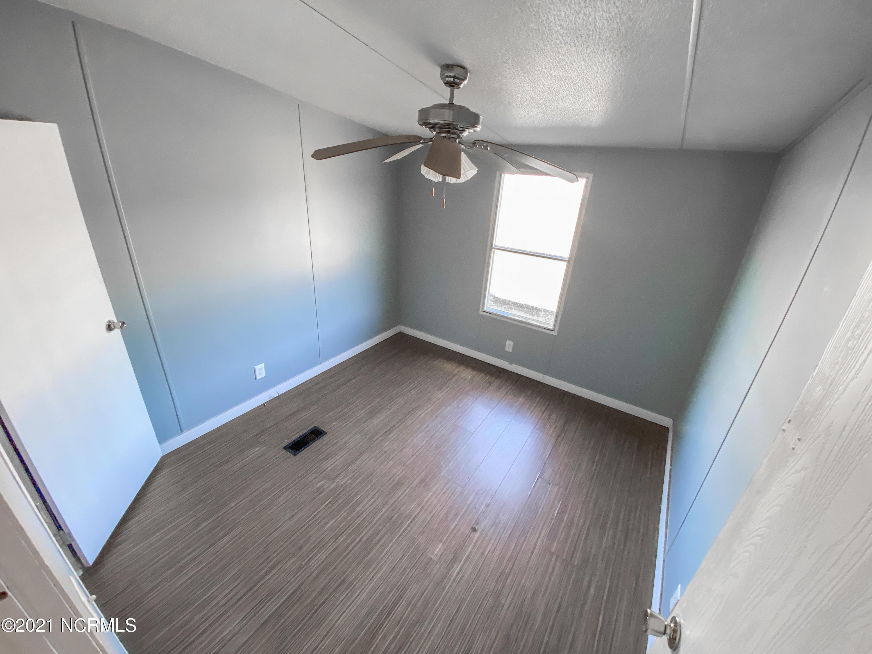 194 Arabian Lane, Richlands, North Carolina 28574, 4 Bedrooms Bedrooms, 6 Rooms Rooms,2 BathroomsBathrooms,Manufactured home,For sale,Arabian,100254791