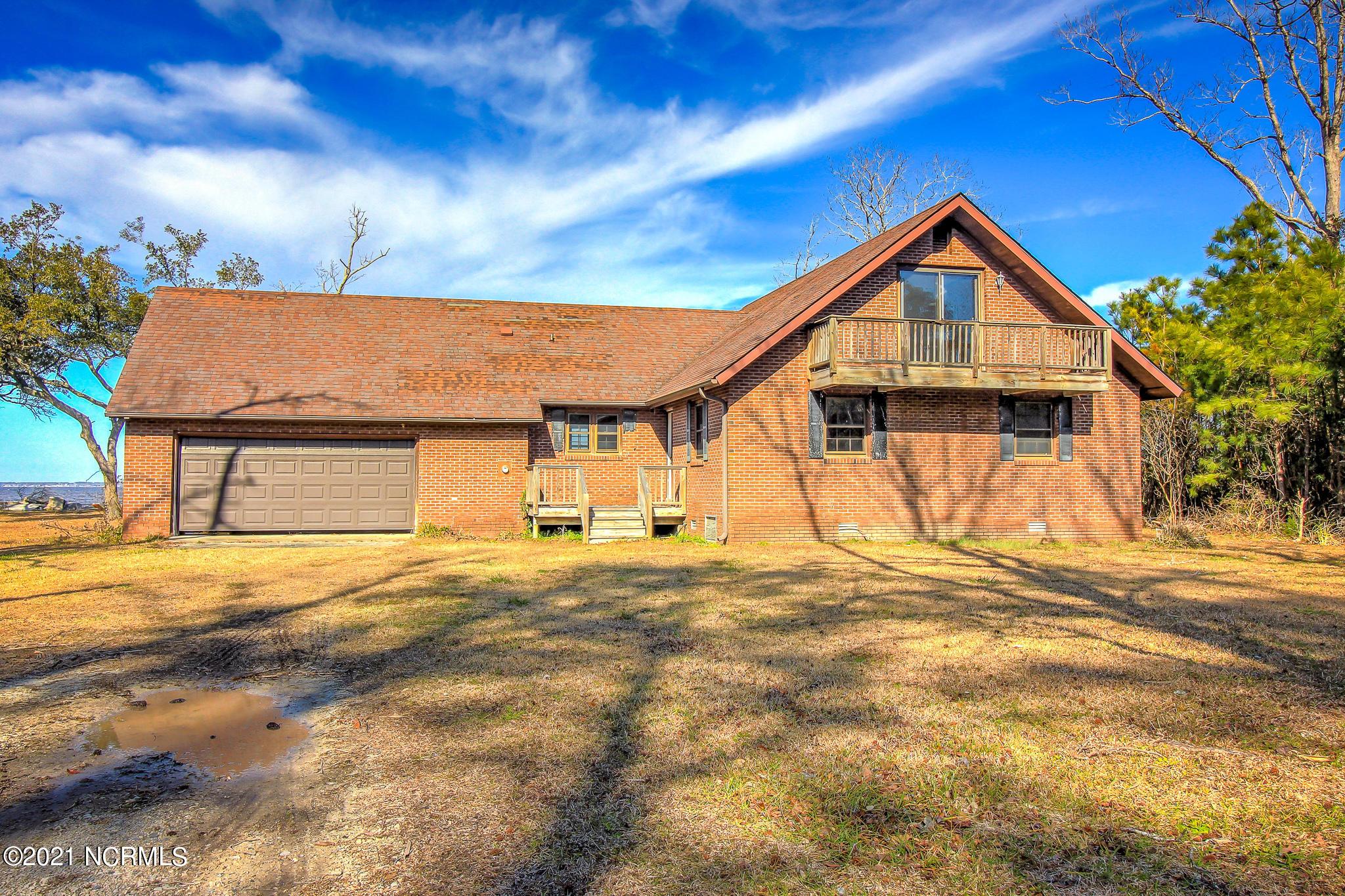 1480 River Drive, Havelock, North Carolina 28532, 4 Bedrooms Bedrooms, 7 Rooms Rooms,2 BathroomsBathrooms,Single family residence,For sale,River,100257219