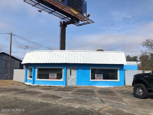 943 Lejeune Boulevard, Jacksonville, North Carolina 28540, ,For sale,Lejeune,100167339