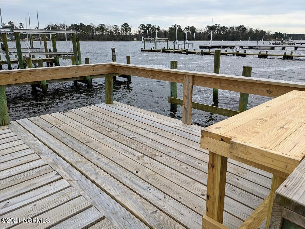 The Moorings Lot 11 Private Dock (6)