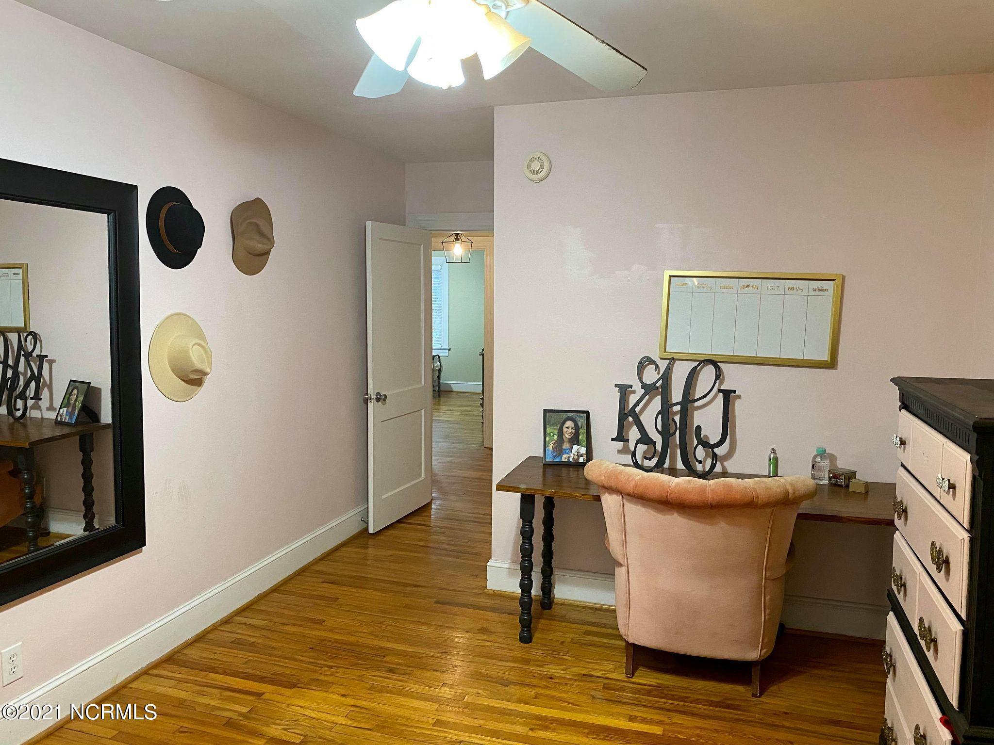 3810 Wilson Street, Farmville, North Carolina 27828, 3 Bedrooms Bedrooms, 7 Rooms Rooms,2 BathroomsBathrooms,Single family residence,For sale,Wilson,100259290