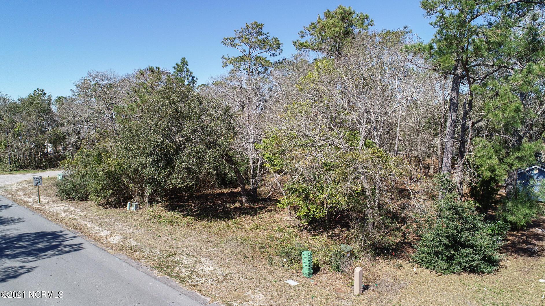 6 Yacht Drive, Oak Island, North Carolina 28465, ,Residential land,For sale,Yacht,100260526