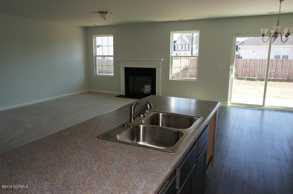 510 Ranchers Lane, Jacksonville, North Carolina 28546, 3 Bedrooms Bedrooms, 6 Rooms Rooms,2 BathroomsBathrooms,Single family residence,For sale,Ranchers,100260314