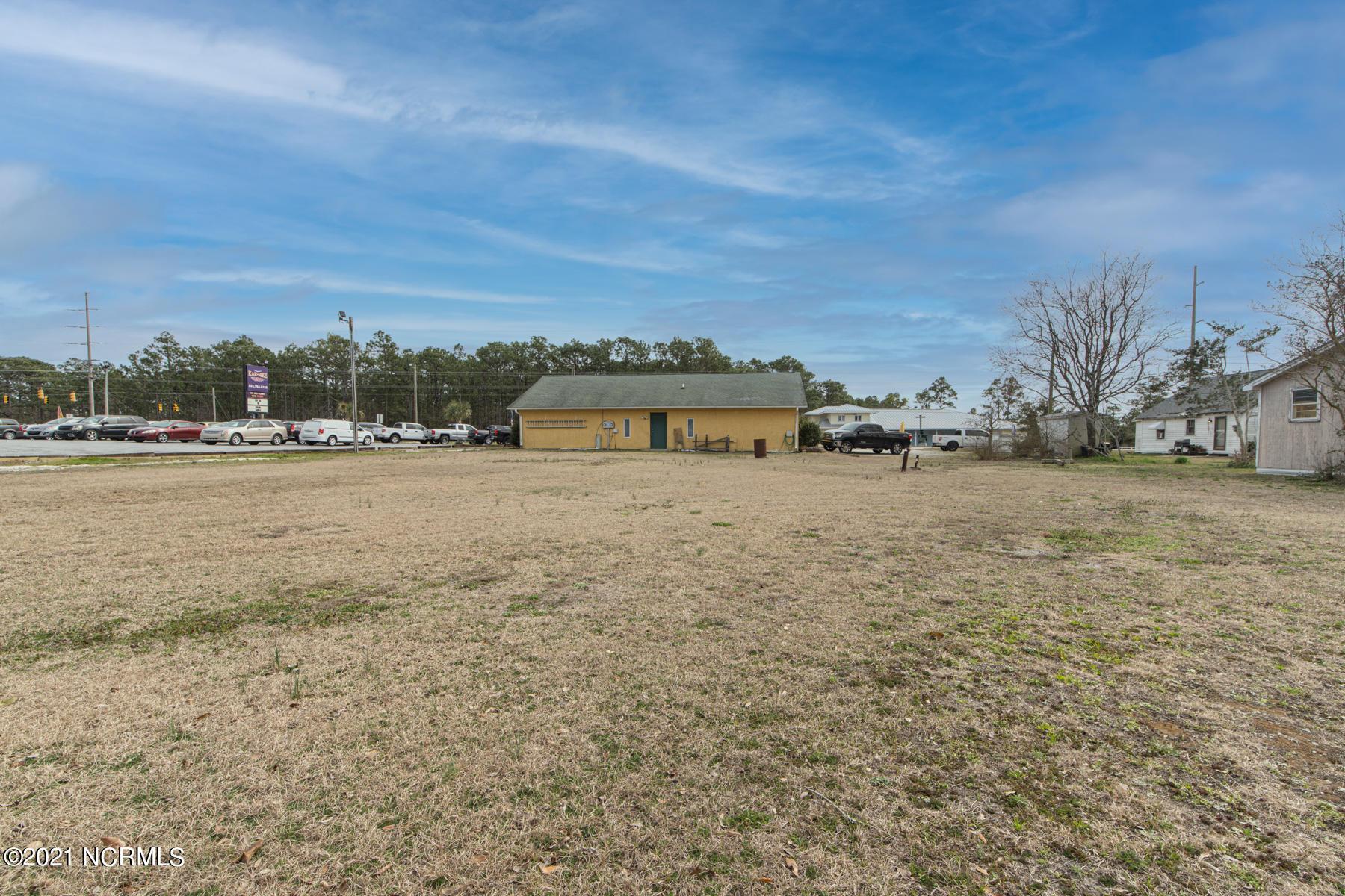 2964 Nc-24, Newport, North Carolina 28570, ,For sale,Nc-24,100261351