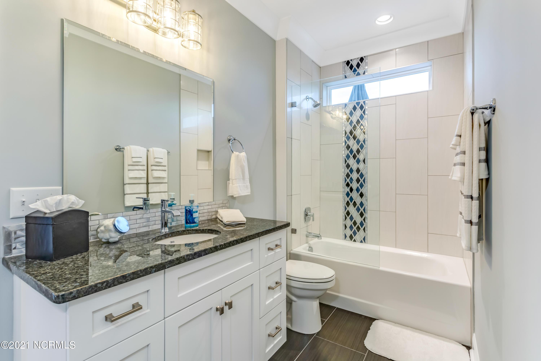 1338 Tidalwalk Drive, Wilmington, North Carolina 28409, 4 Bedrooms Bedrooms, 10 Rooms Rooms,3 BathroomsBathrooms,Single family residence,For sale,Tidalwalk,100261793