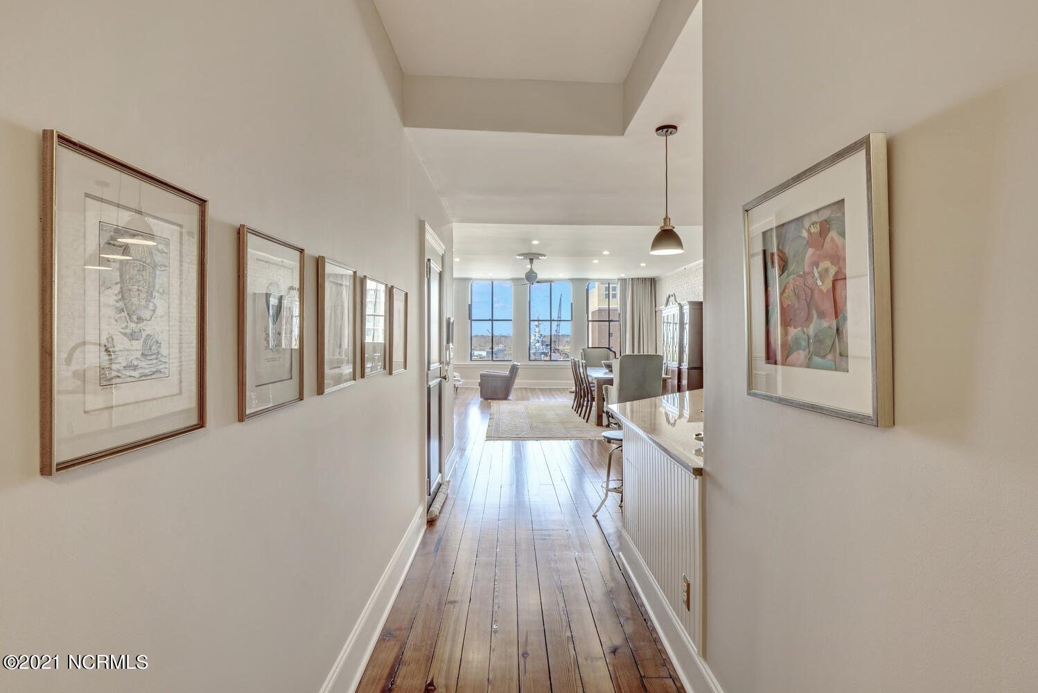 116 Front Street, Wilmington, North Carolina 28401, 2 Bedrooms Bedrooms, 5 Rooms Rooms,2 BathroomsBathrooms,Condominium,For sale,Front,100261335
