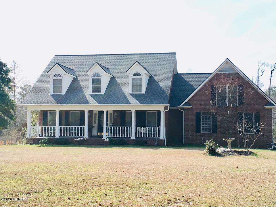 613 Hughes Road, Hampstead, North Carolina 28443, 3 Bedrooms Bedrooms, 9 Rooms Rooms,3 BathroomsBathrooms,Single family residence,For sale,Hughes,100261317