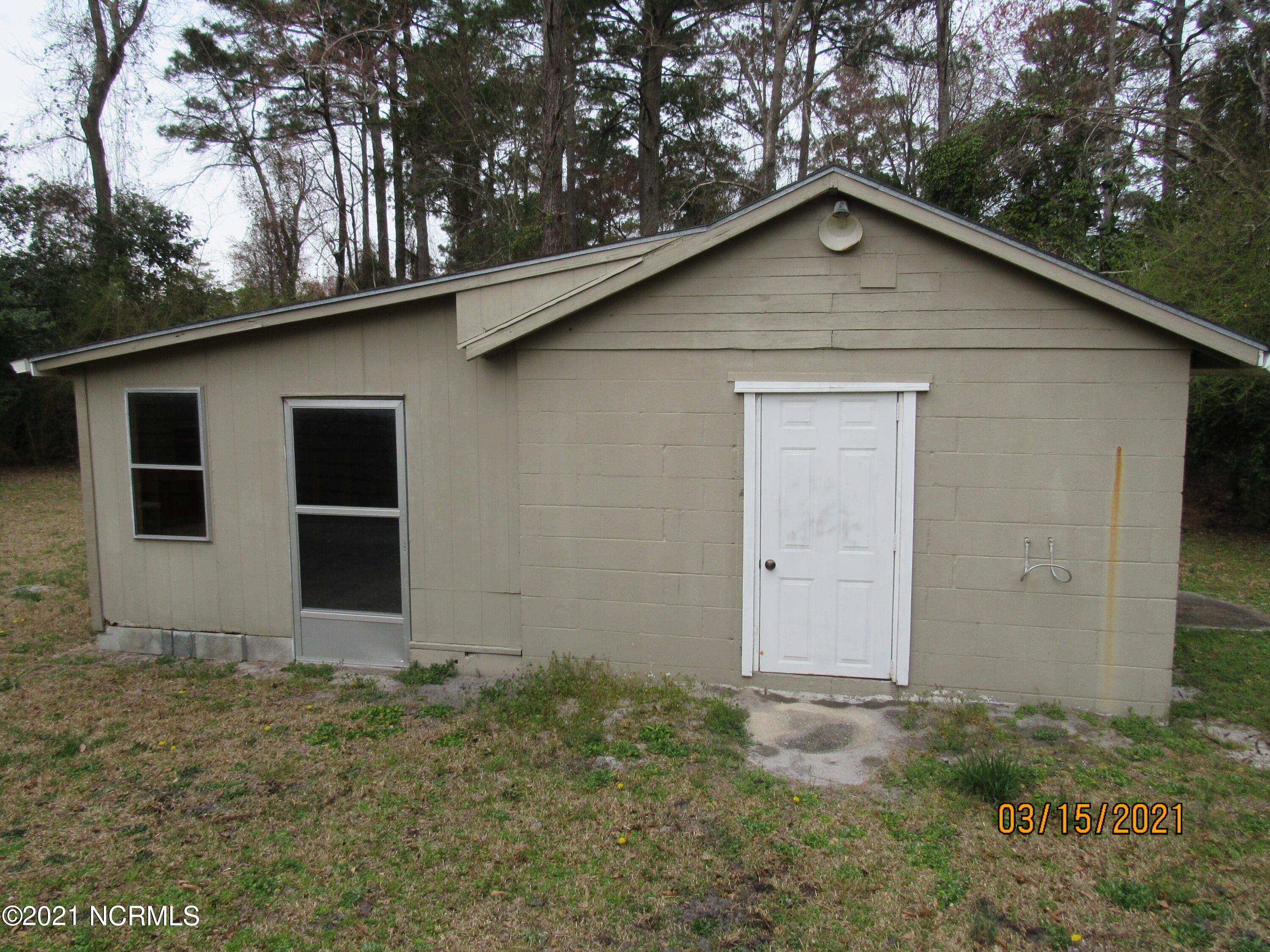 304 2nd Avenue, New Bern, North Carolina 28560, 2 Bedrooms Bedrooms, 6 Rooms Rooms,1 BathroomBathrooms,Single family residence,For sale,2nd,100261646
