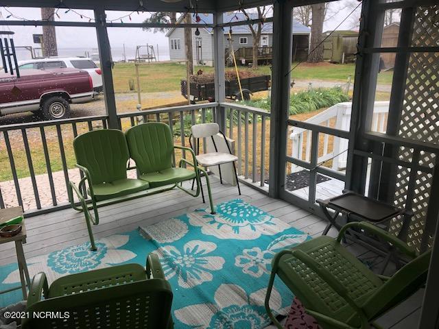 37 Moores Landing, Belhaven, North Carolina 27810, 2 Bedrooms Bedrooms, 7 Rooms Rooms,1 BathroomBathrooms,Single family residence,For sale,Moores,100261795