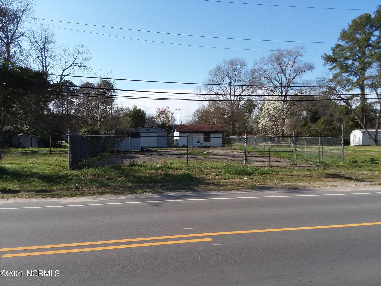 1005 Main Street, Laurinburg, North Carolina 28352, ,For sale,Main,100262010