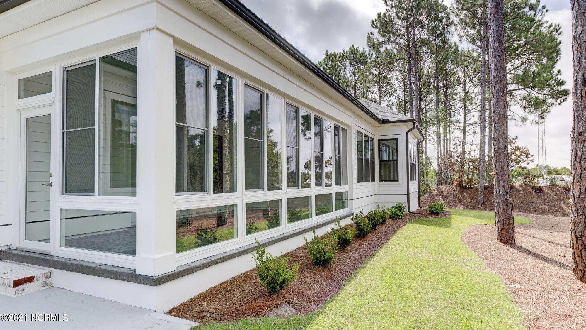 1002 Mere Court, Leland, North Carolina 28451, 4 Bedrooms Bedrooms, 11 Rooms Rooms,3 BathroomsBathrooms,Single family residence,For sale,Mere,100260633