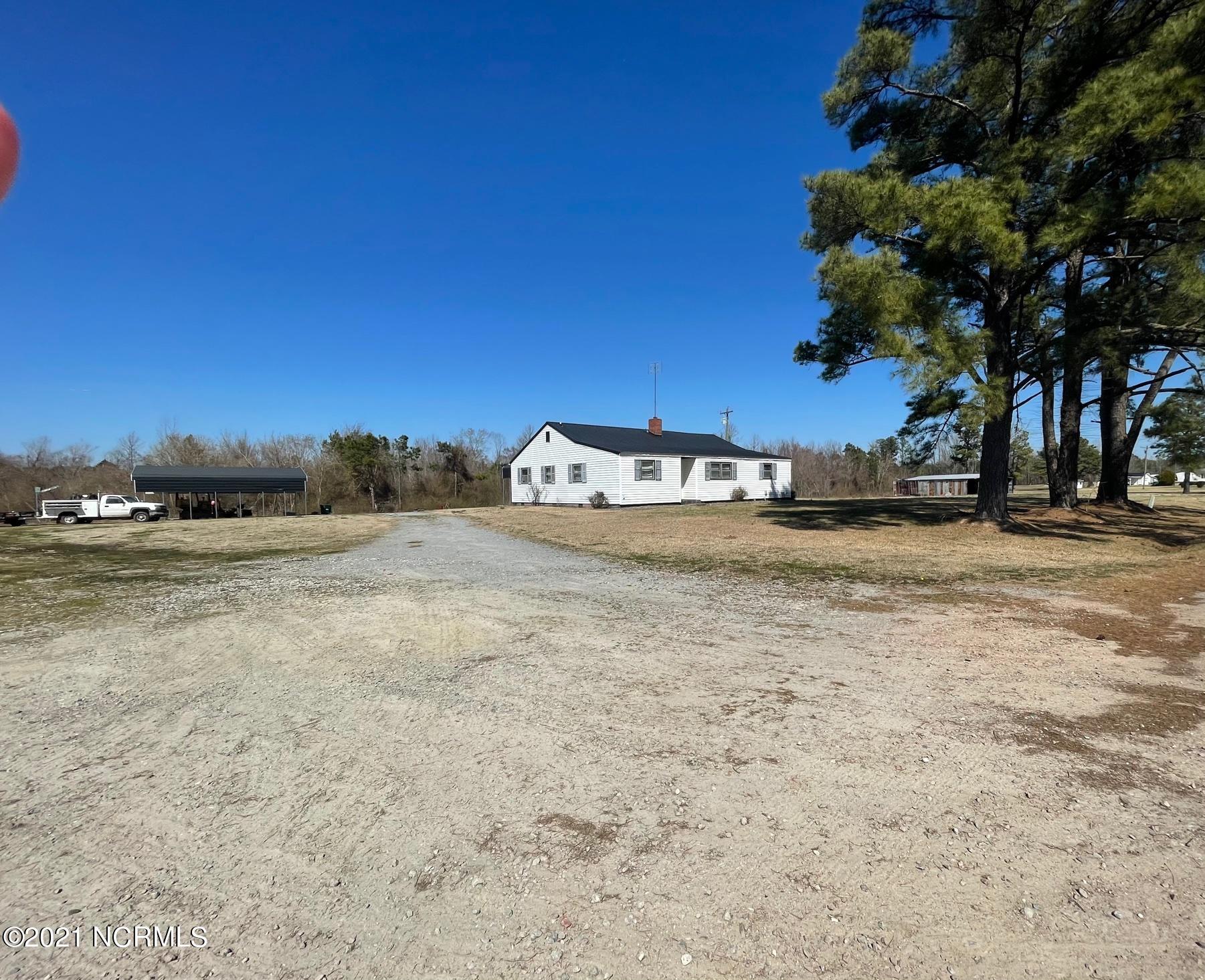 9240 Bear Grass Road, Robersonville, North Carolina 27871, 3 Bedrooms Bedrooms, 5 Rooms Rooms,2 BathroomsBathrooms,Single family residence,For sale,Bear Grass,100262065