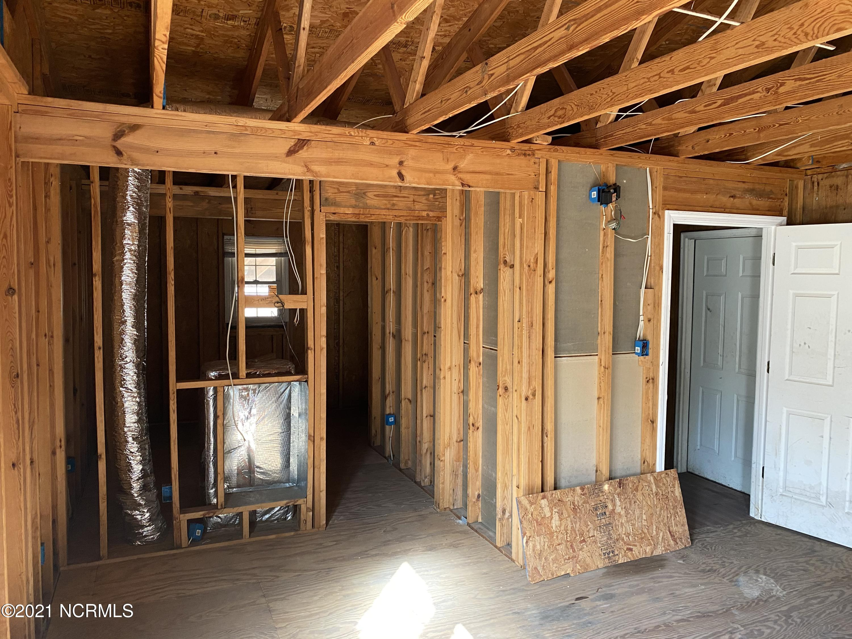 410 Beasley Street, Princeville, North Carolina 27886, 4 Bedrooms Bedrooms, 10 Rooms Rooms,3 BathroomsBathrooms,Single family residence,For sale,Beasley,100262485