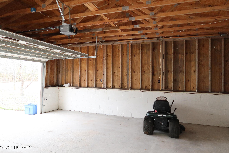 208 Manning Lane, Pollocksville, North Carolina 28573, 3 Bedrooms Bedrooms, 6 Rooms Rooms,2 BathroomsBathrooms,Manufactured home,For sale,Manning,100264454