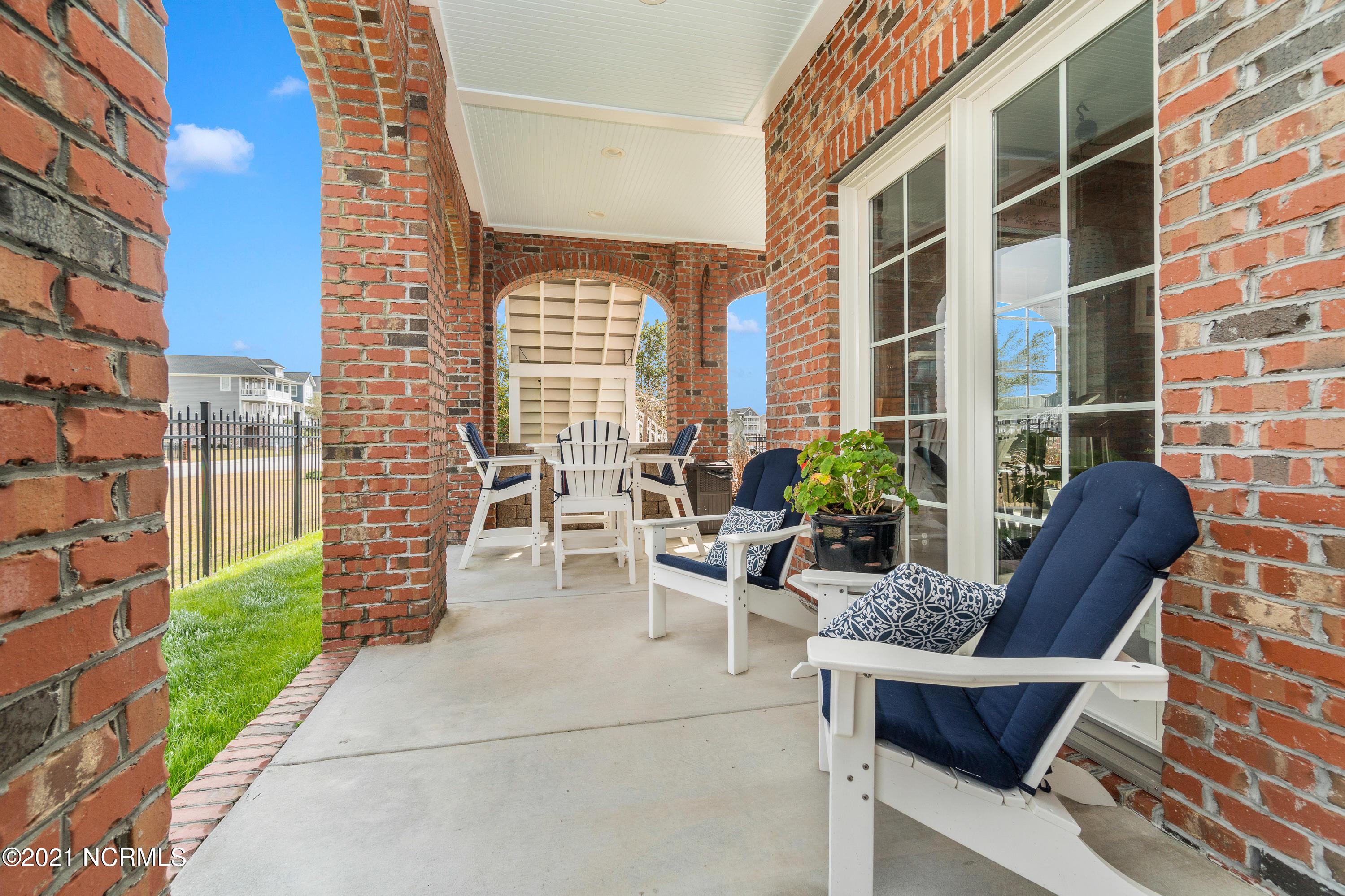 464 Kensington Place, Newport, North Carolina 28570, 3 Bedrooms Bedrooms, 9 Rooms Rooms,4 BathroomsBathrooms,Single family residence,For sale,Kensington,100260075