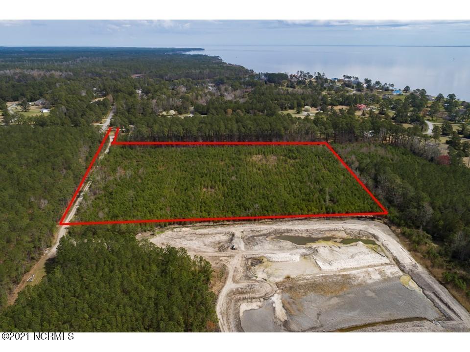 1750 White Farm Road, Oriental, North Carolina 28571, ,Residential land,For sale,White Farm,100263358
