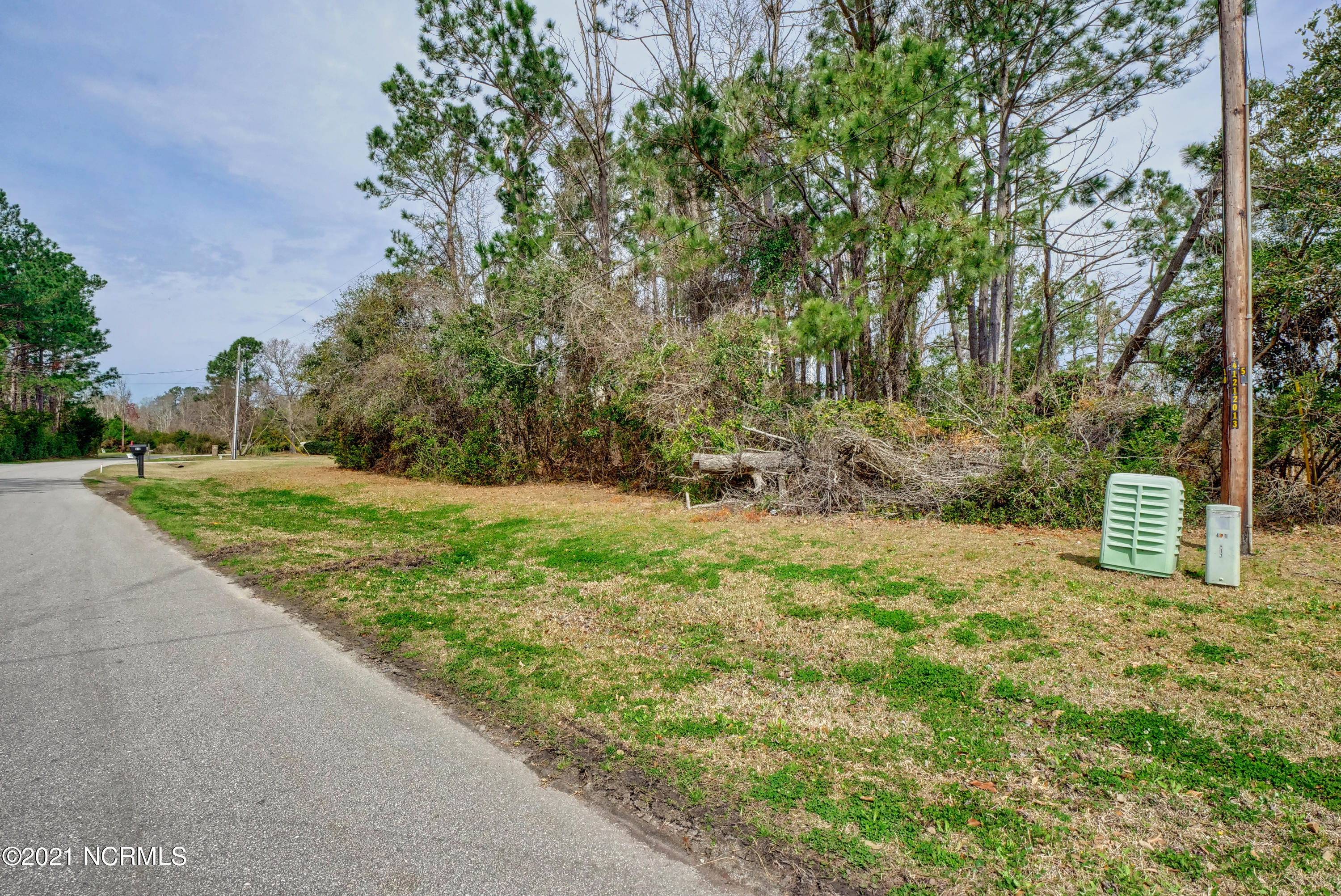 611 Chadwick Shores Drive, Sneads Ferry, North Carolina 28460, ,Residential land,For sale,Chadwick Shores,100263508