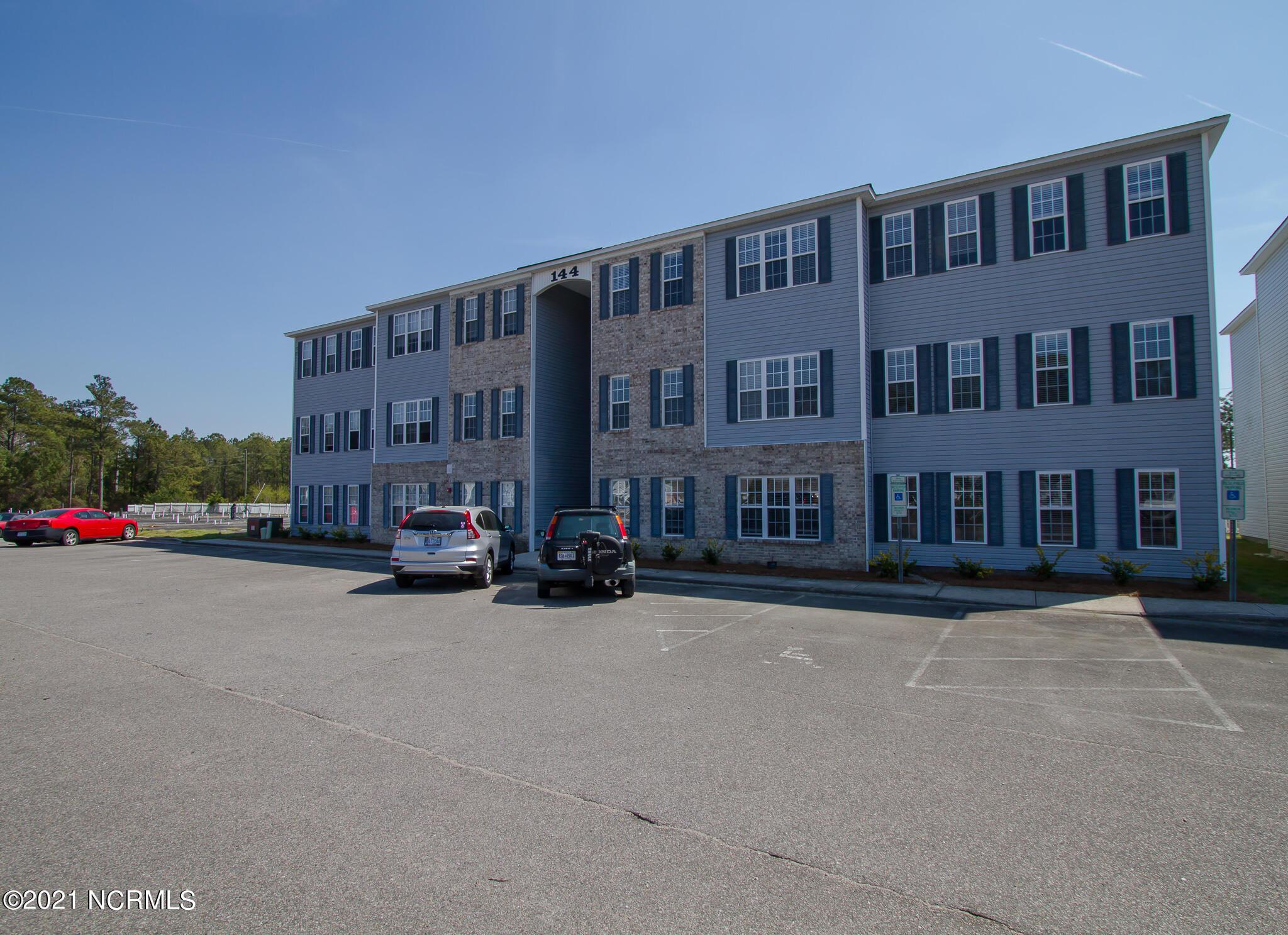 144 Hines Street, Holly Ridge, North Carolina 28445, 3 Bedrooms Bedrooms, 7 Rooms Rooms,2 BathroomsBathrooms,Condominium,For sale,Hines,100263566