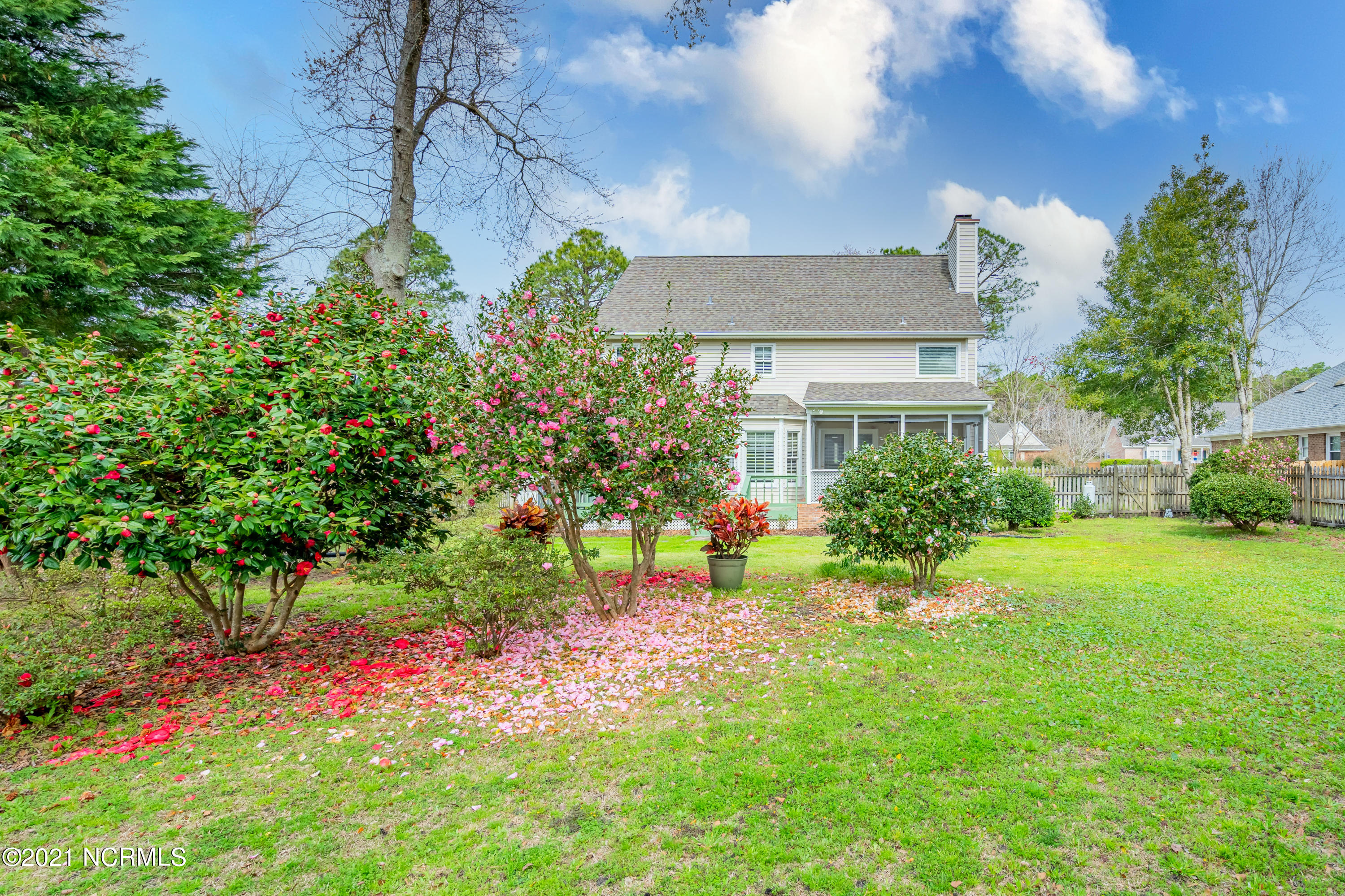 7600 Lost Tree Road, Wilmington, North Carolina 28411, 4 Bedrooms Bedrooms, 9 Rooms Rooms,2 BathroomsBathrooms,Single family residence,For sale,Lost Tree,100264465