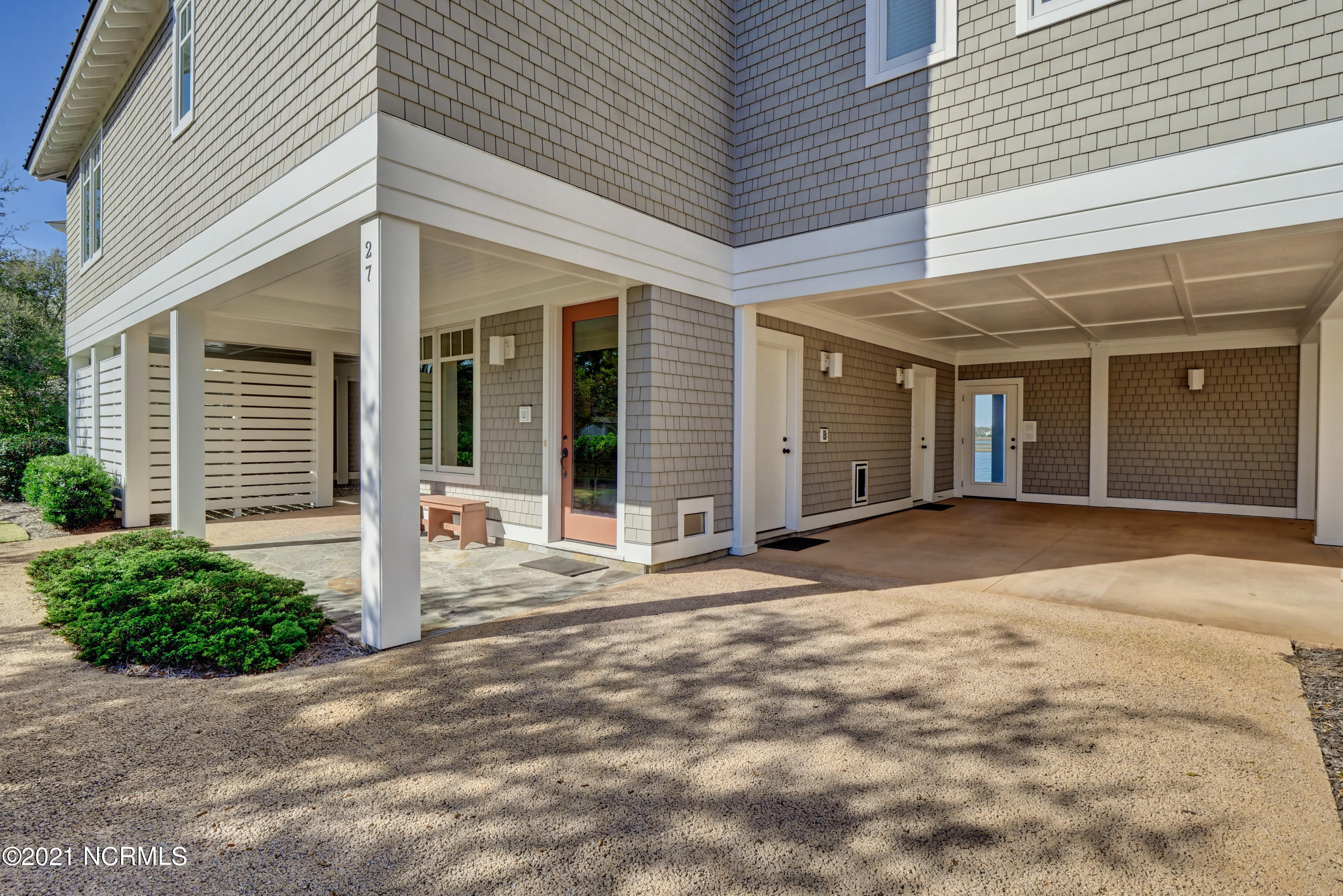 27 Sandy Point, Wilmington, North Carolina 28411, 4 Bedrooms Bedrooms, 10 Rooms Rooms,4 BathroomsBathrooms,Single family residence,For sale,Sandy,100264118