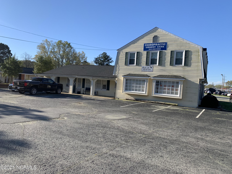 1000 Main Street, Laurinburg, North Carolina 28352, ,For sale,Main,100264051