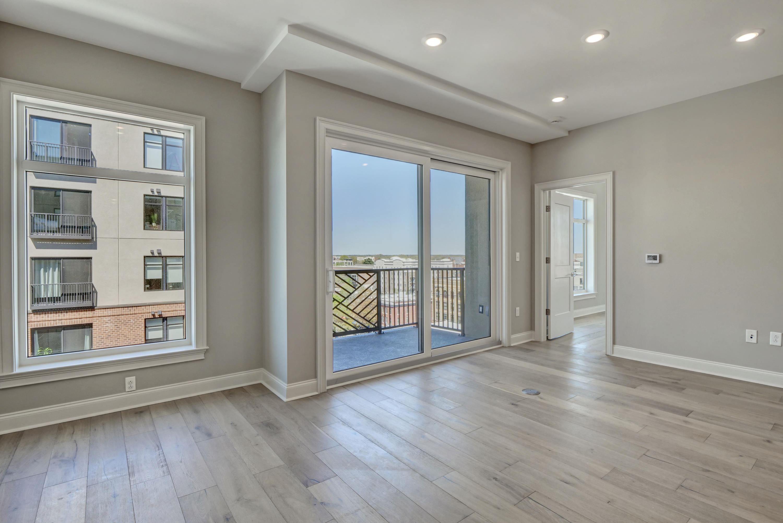 240 Water Street, Wilmington, North Carolina 28401, 1 Bedroom Bedrooms, 5 Rooms Rooms,2 BathroomsBathrooms,Condominium,For sale,Water,100262841