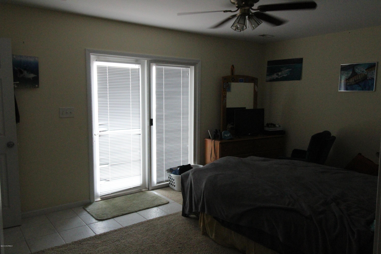 133 Palmetto Drive, Cedar Point, North Carolina 28584, 3 Bedrooms Bedrooms, 7 Rooms Rooms,2 BathroomsBathrooms,Single family residence,For sale,Palmetto,100264337