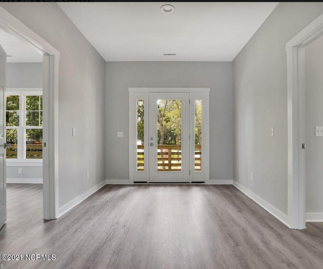 123 Charlotte Street, Holden Beach, North Carolina 28462, 4 Bedrooms Bedrooms, 6 Rooms Rooms,3 BathroomsBathrooms,Single family residence,For sale,Charlotte,100264300