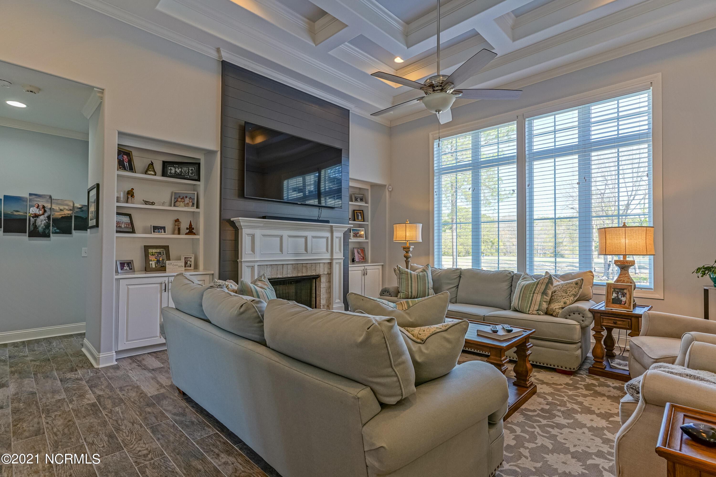 898 Strathaven Lane, Sunset Beach, North Carolina 28468, 3 Bedrooms Bedrooms, 9 Rooms Rooms,3 BathroomsBathrooms,Single family residence,For sale,Strathaven,100264960