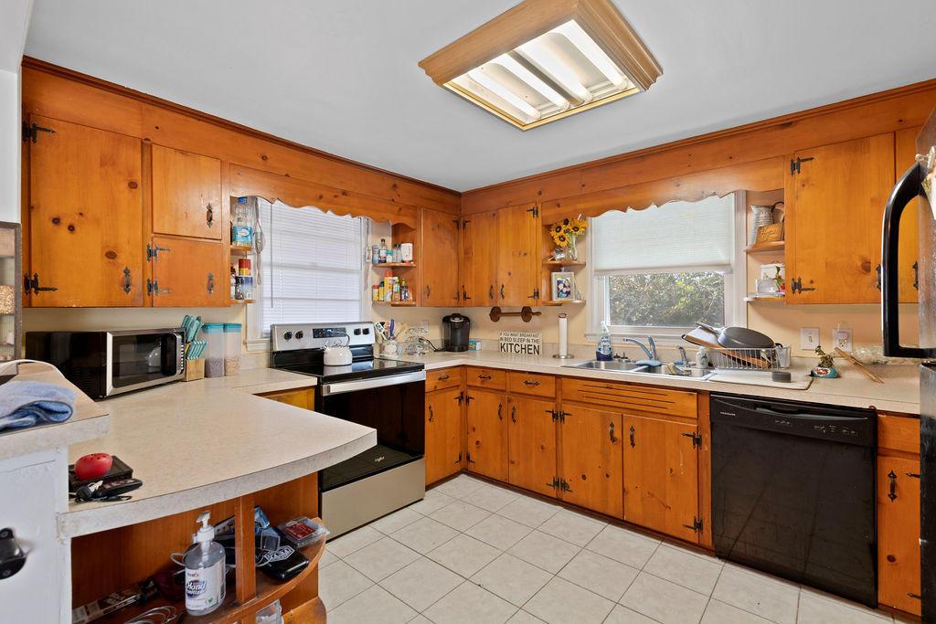 653 Wetherington Landing Road, Stella, North Carolina 28582, 2 Bedrooms Bedrooms, 6 Rooms Rooms,2 BathroomsBathrooms,Single family residence,For sale,Wetherington Landing,100263397