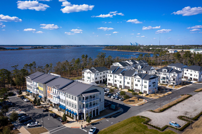 155 Dugger Lane, Wilmington, North Carolina 28412, 3 Bedrooms Bedrooms, 7 Rooms Rooms,3 BathroomsBathrooms,Townhouse,For sale,Dugger,100264810