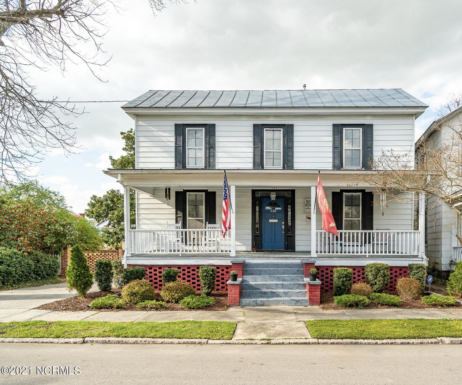 616 New Street, New Bern, North Carolina 28560, 3 Bedrooms Bedrooms, 8 Rooms Rooms,2 BathroomsBathrooms,Single family residence,For sale,New,100264870