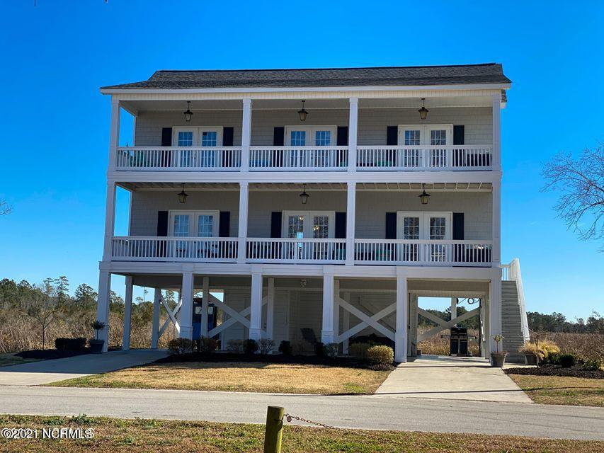 420 Riverside Drive, New Bern, North Carolina 28560, 3 Bedrooms Bedrooms, 8 Rooms Rooms,3 BathroomsBathrooms,Single family residence,For sale,Riverside,100264918
