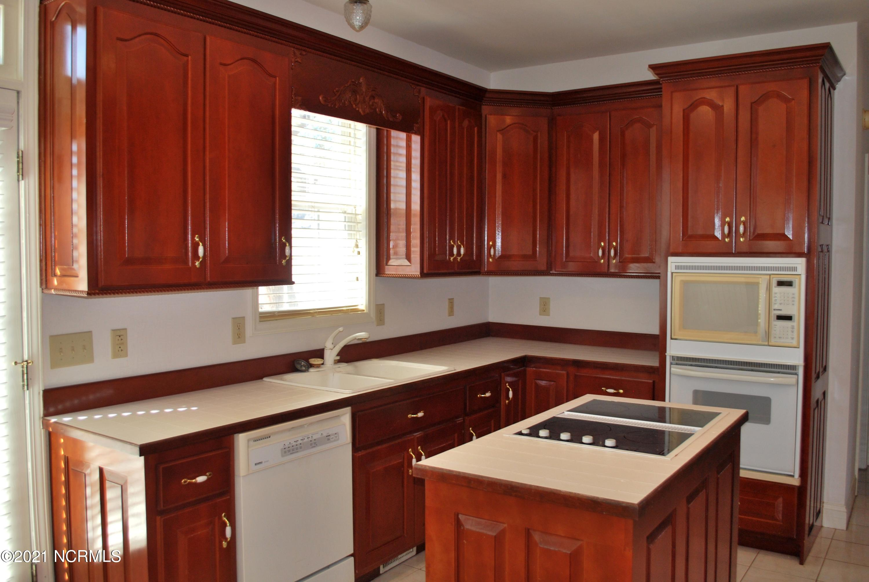 2115 Kirby Road, Supply, North Carolina 28462, 3 Bedrooms Bedrooms, 8 Rooms Rooms,3 BathroomsBathrooms,Single family residence,For sale,Kirby,100265075