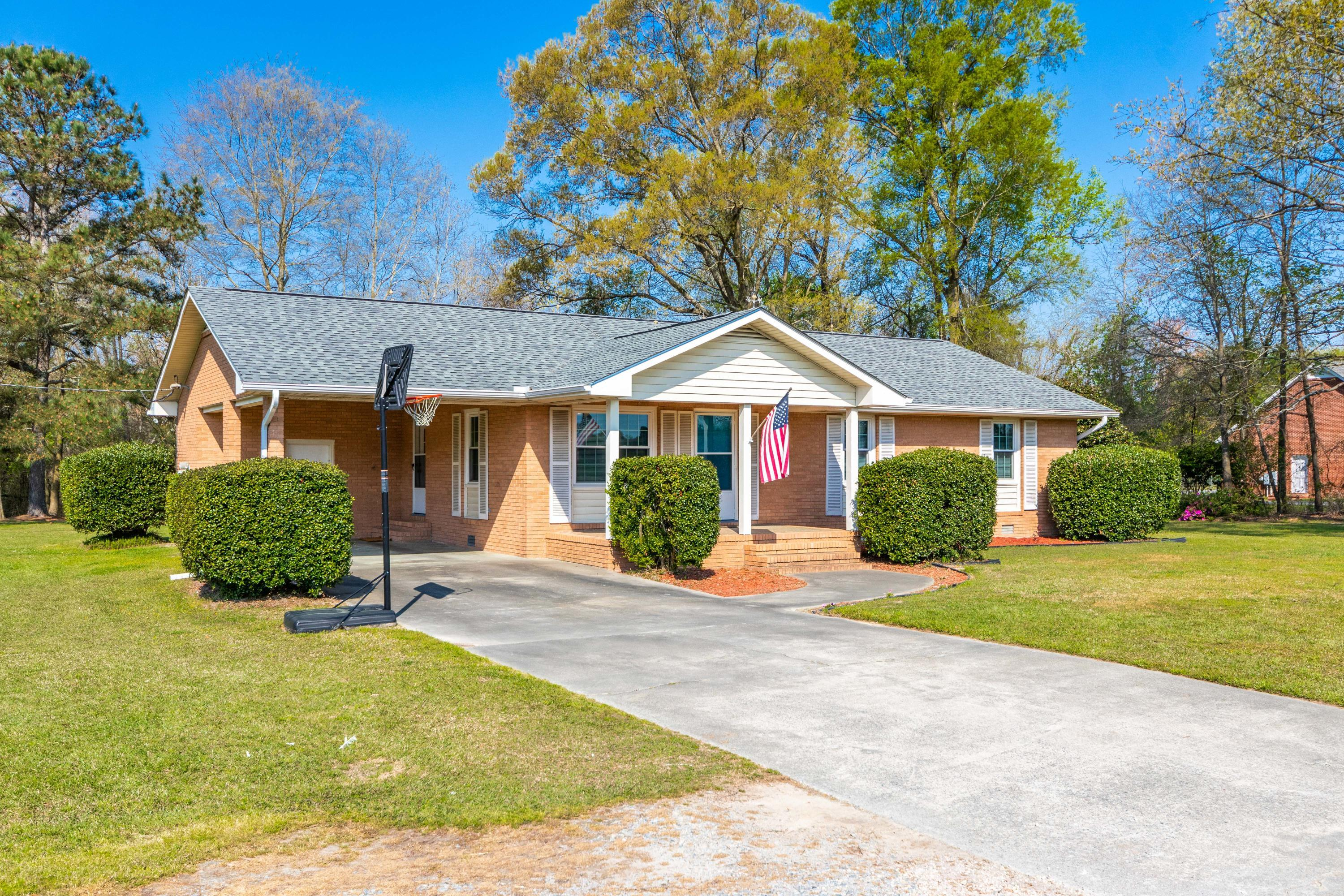 1948 NC Highway 111 S, Goldsboro, North Carolina 27534, 3 Bedrooms Bedrooms, 5 Rooms Rooms,2 BathroomsBathrooms,Single family residence,For sale,NC Highway 111 S,100264425