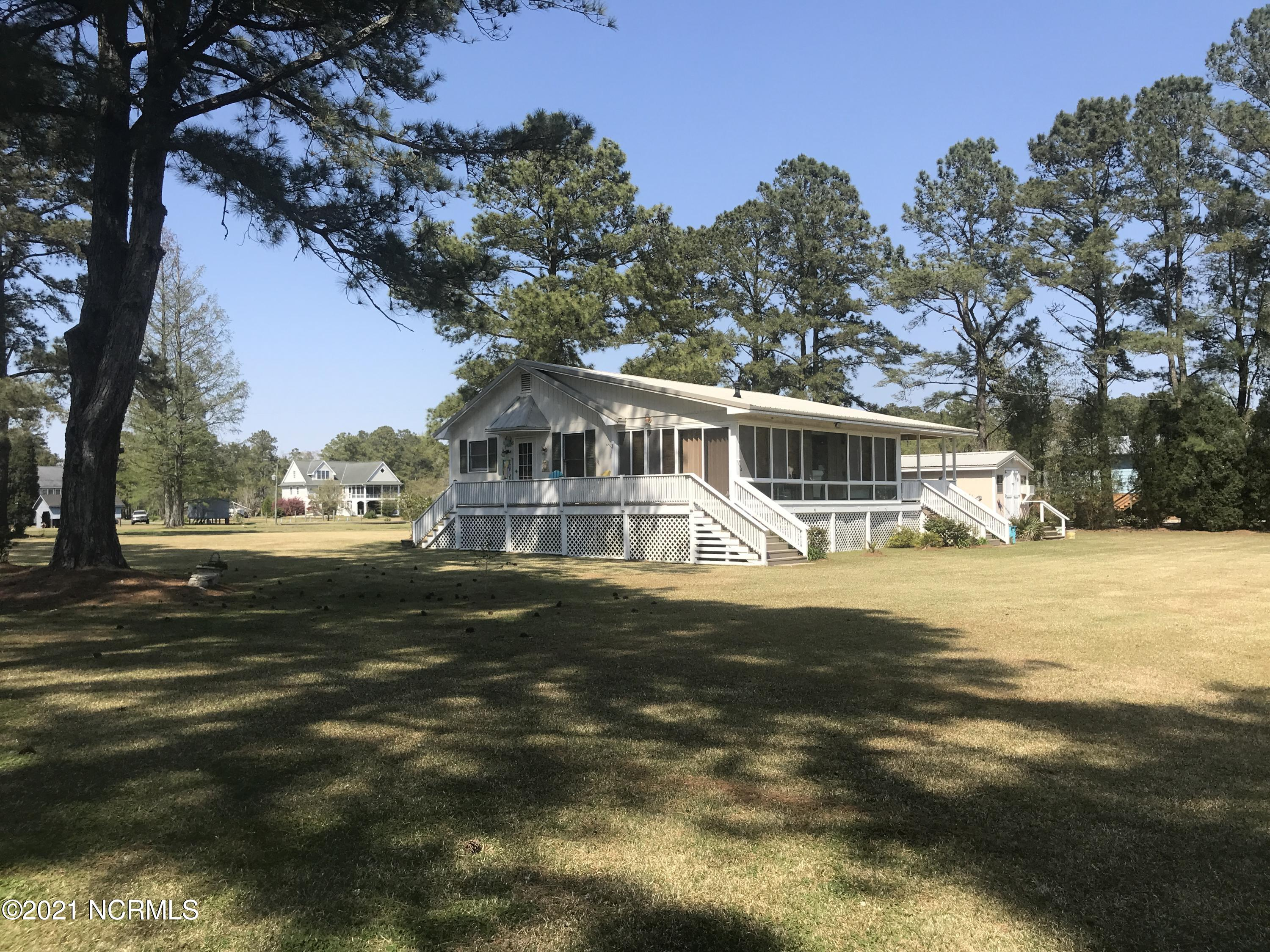 36 Oland Drive, Belhaven, North Carolina 27810, 2 Bedrooms Bedrooms, 5 Rooms Rooms,2 BathroomsBathrooms,Single family residence,For sale,Oland,100265352
