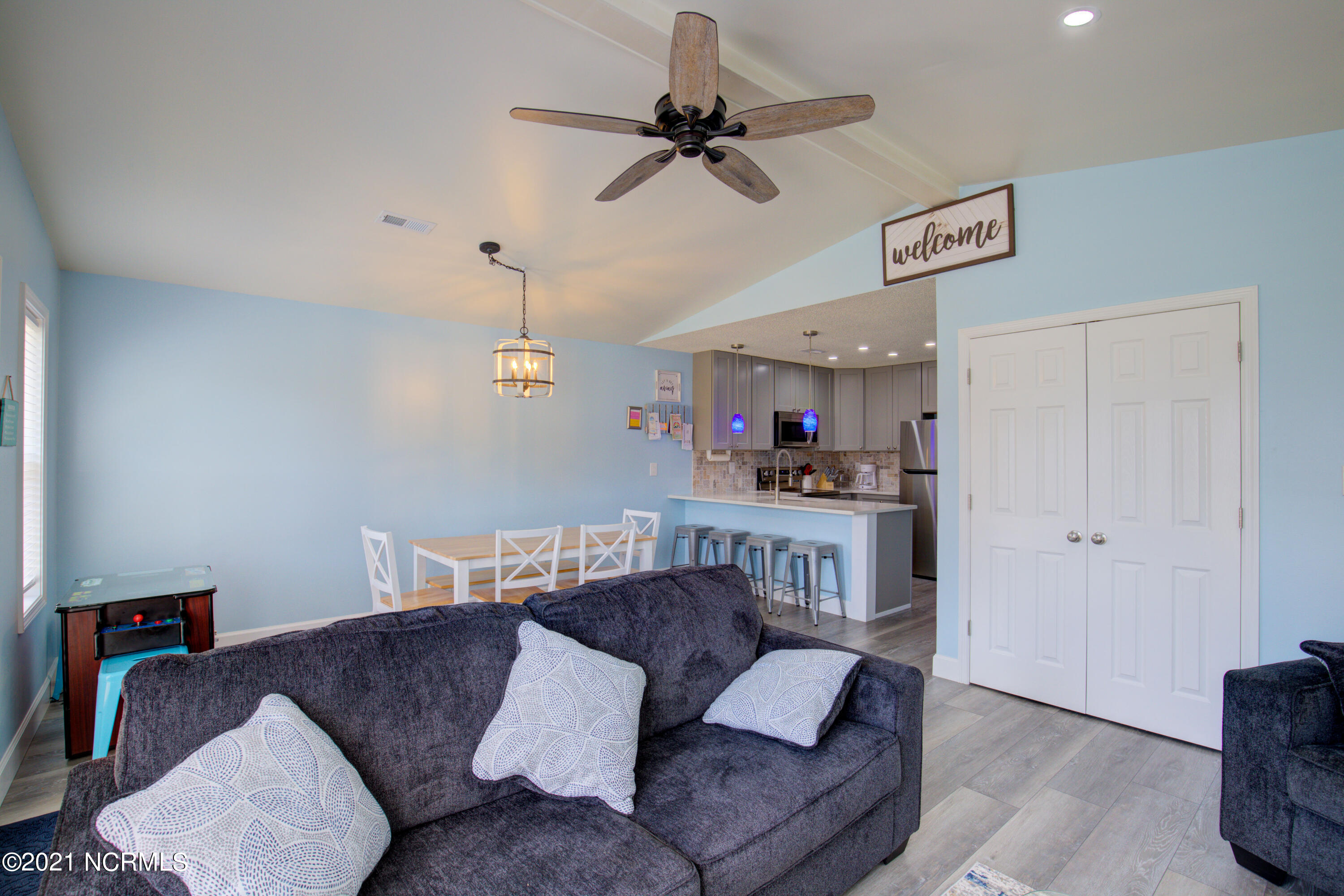 1883 New River Inlet Road, North Topsail Beach, North Carolina 28460, 3 Bedrooms Bedrooms, 5 Rooms Rooms,2 BathroomsBathrooms,Townhouse,For sale,New River Inlet,100265058